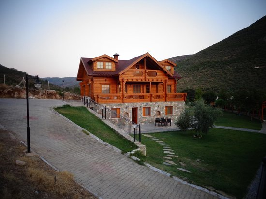 Natureland Efes Pension: Pension from drive