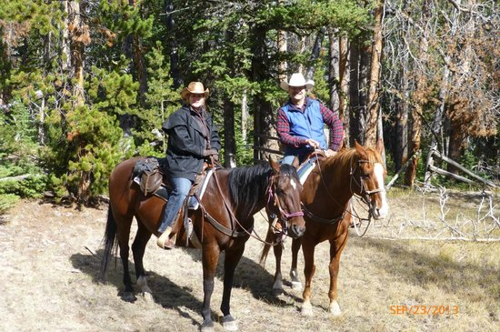 Covered Wagon Ranch: Typical break on a ride