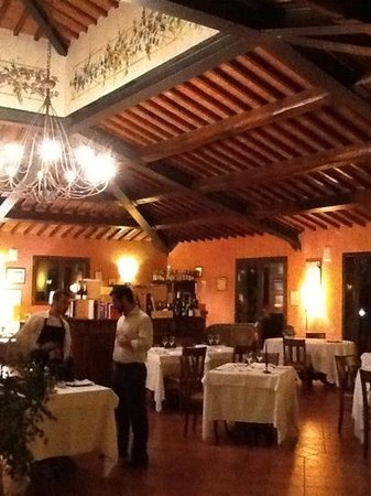 Villa Curina Resort: Evening at the Restaurant