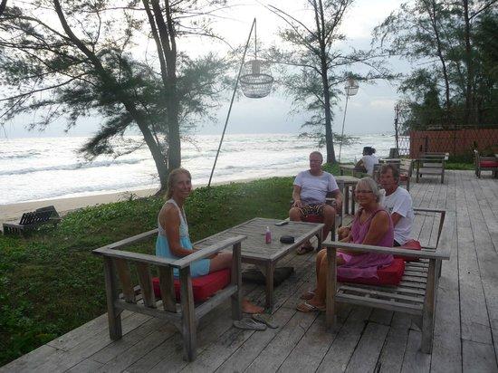 แมงโก้เบย์รีสอร์ท: beach bar