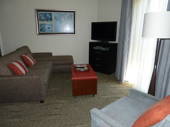 Staybridge Suites Torrance: Lounge