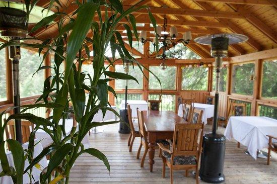 Restaurant La Clef Des Champs: Our summer gazebo dining