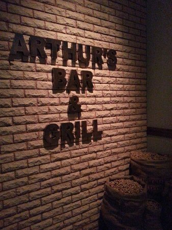 Arthur's Bar & Grill: At the entrance