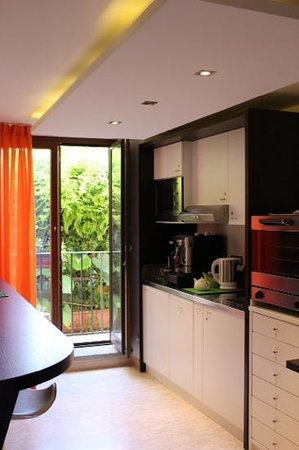 Sorrento Flats: convenient kitchenette