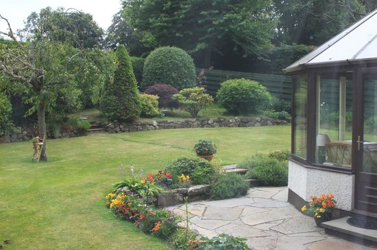The Gables Bed & Breakfast: The view from my window. What a lovely garden.