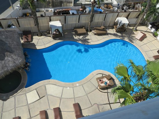 Bahia Hotel & Beach House: View of the Pool from my Room