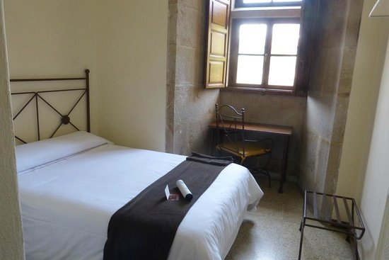 Hospederia San Martin Pinario: Small but cosy bedroom