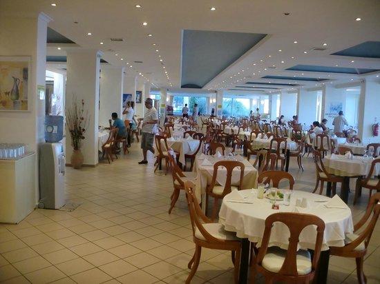 Sunshine Corfu Hotel & Spa : salle à manger