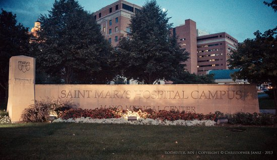 SpringHill Suites Rochester Mayo Clinic Area/Saint Marys: Across the street