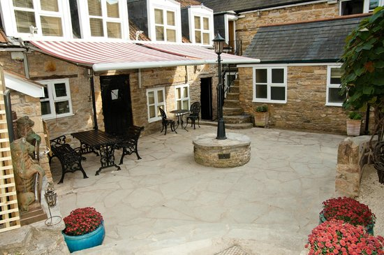 Inn The Square: rooms located around a walled courtyard.