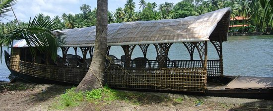Vaikom, India: house boat