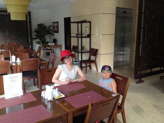 Indochine Danang Hotel: Restaurant