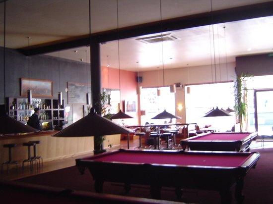 On Top Backpackers: Reception, Bar and Billard