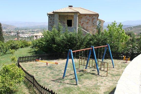 Klymeni Traditional Homes: Plauground