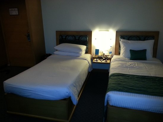 Kenilworth Hotel, Kolkata: Beds (Twin Sharing)