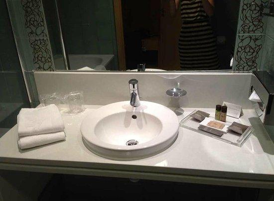 SANA Malhoa Hotel : Bathroom