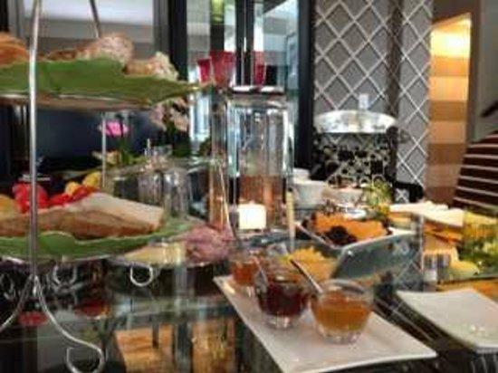 Life & Leisure Lifestyle Accommodation : Breakfast