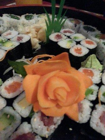 Sumo Sushi Bar: Sushi