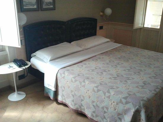 Hotel San Luca : letto