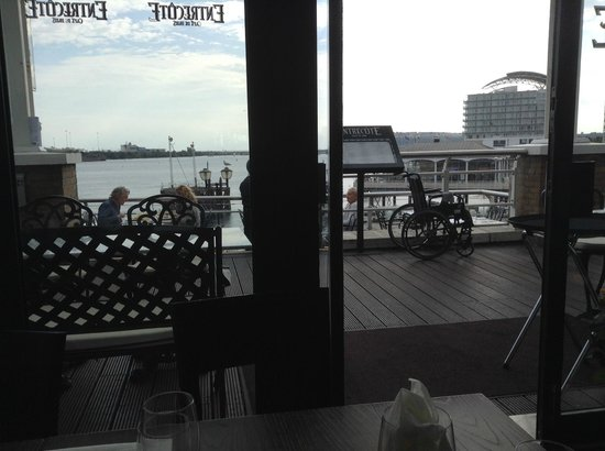 Entrecote Cafe de Paris: the view from the table