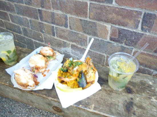 Market on Main: The yummy food and mojito's