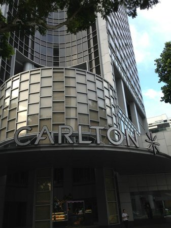 Carlton Hotel Singapore: Great Hotel, walking distance from many attractions