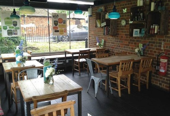 Cafe in the Park: Seating