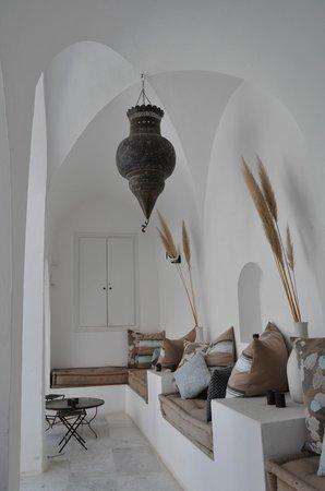 Dar Sabri: galerie sur patio
