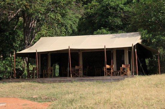 Enkewa Camp : Tienda comedor