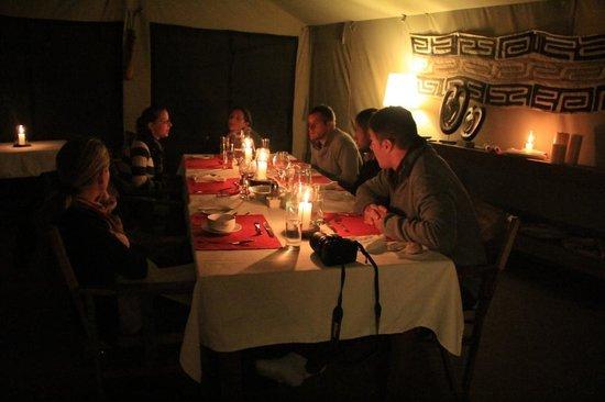 Enkewa Camp : Cena en Enkewa