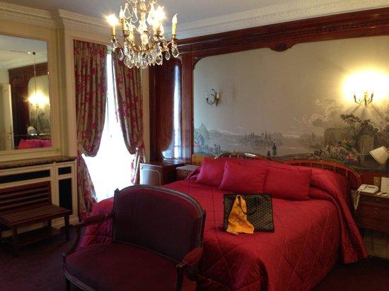 Hotel Raphael : My room. Very nice one :D