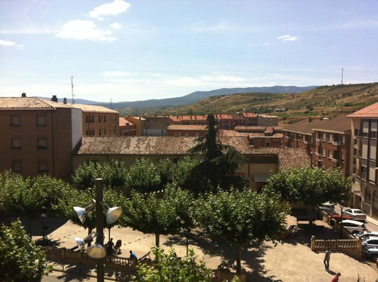 Hotel Rey Sancho: View from ground floor room