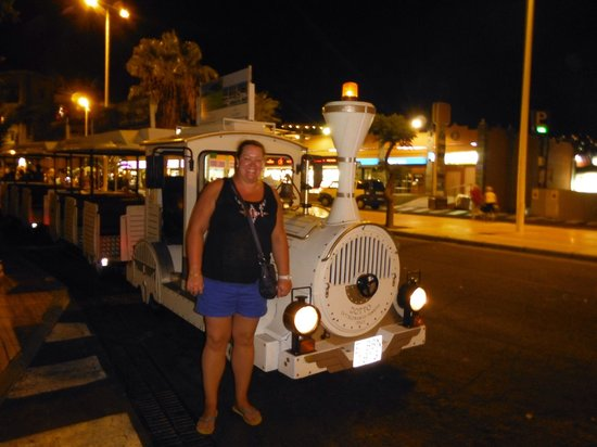 Fanabe Costa Sur Hotel: The land train that stops out front - well worth doing.