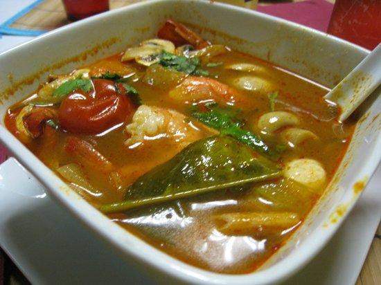 Chez Jasmine : Best Tom Yum soup ever