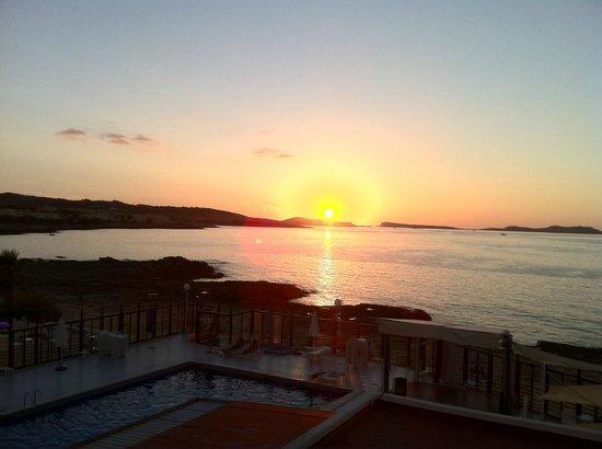 Nereida Aparthotel: Vue du balcon