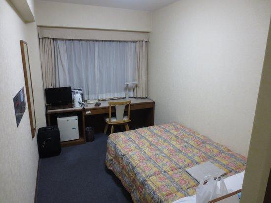 Hakataekimae SB Hotel: 部屋の内装です。