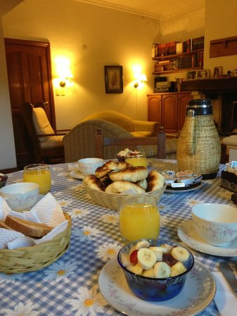 Caseros 44: Fabulous breakfast time in such a cozy living room
