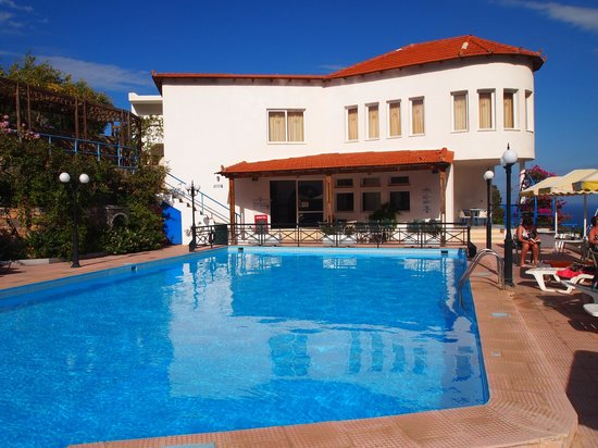 Kalithea Apartments : Better overview of the pool area