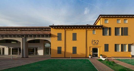 Hotel Forlanini 52: home