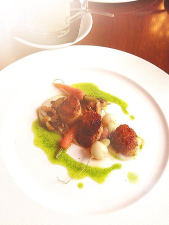 Pan Haggerty: appetizer with scallops
