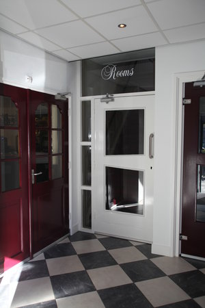 Wapen van Enkhuizen: Room entrance