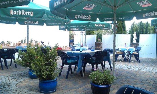 Pizzeria Da Luciano: Garten