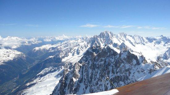 Mont Blanc: Other peaks around