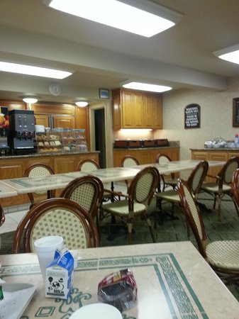 Laguna Hills Lodge: Mariposa breakfast room.