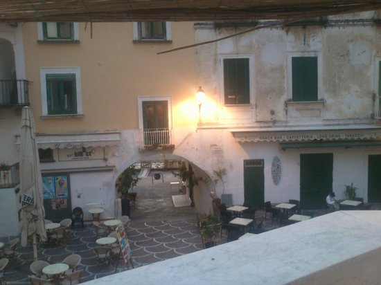 A'  Scalinatella Hostel and  Hotel: The view from our balcony towards the square