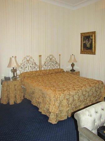 Romantik Hotel Du Parc : Le lit trés confortable