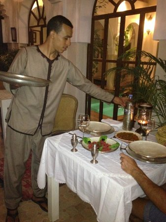 Palacio de las Especias: Cena en el riad