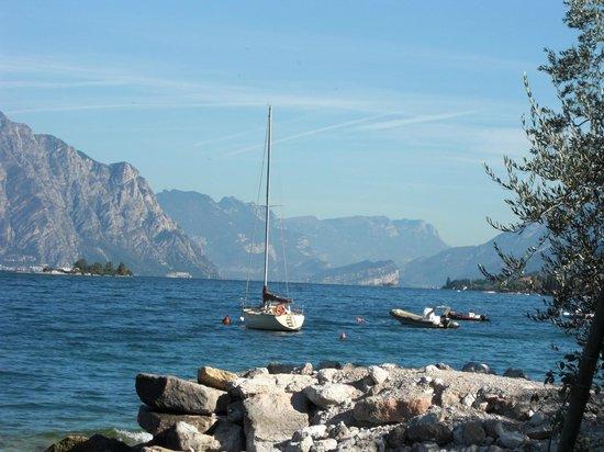 Ristorante Al Vapor: View from the lakeside