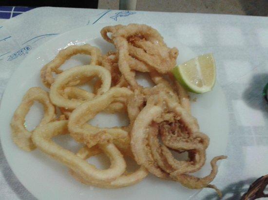 Restaurant Dimitris: fritto di calamari