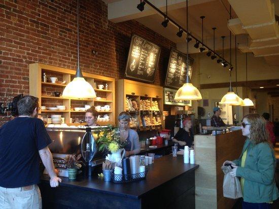 Pavement Coffeehouse: Pavement coffee bar